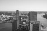 Te Koop | De Wilhelminapier in Rotterdam in zwart/wit
