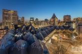 Te Koop | De Kubuswoningen in Rotterdam tijdens de zonsondergang
