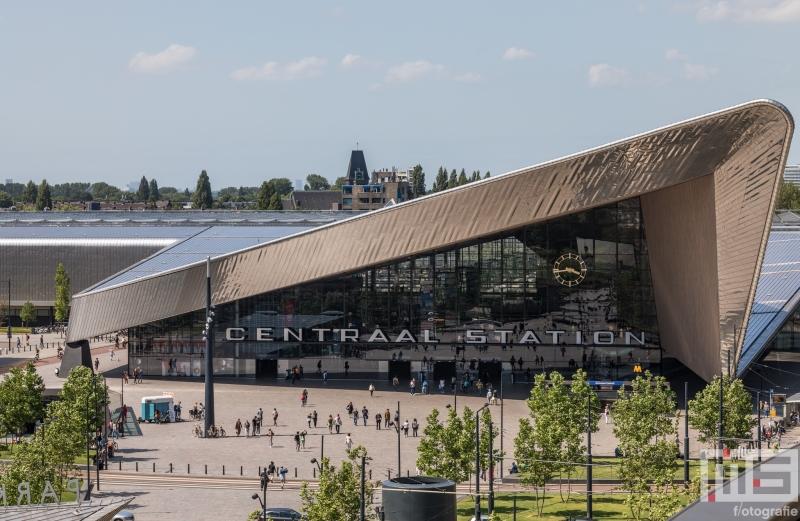 Het Centraal Station in Rotterdam tijdens de Dakendagen
