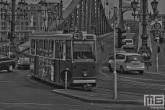 De stadsbrug Szabadsag Hid in Budapest