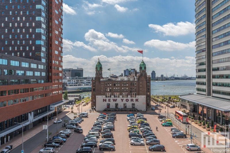 Te Koop | Het uitzicht op Hotel New York in Rotterdam tijdens de Dag van de Architectuur