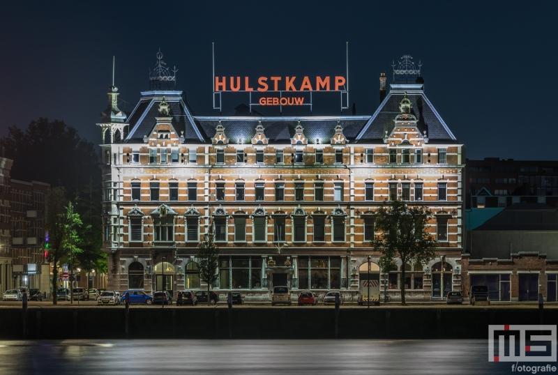 Te Koop | Het Hulstkamp Gebouw op het Noordereiland in Rotterdam by Night