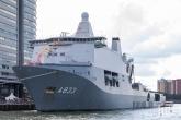 Het Marineschip A833 aan de Wilhelminapier tijdens de Wereldhavendagen in Rotterdam