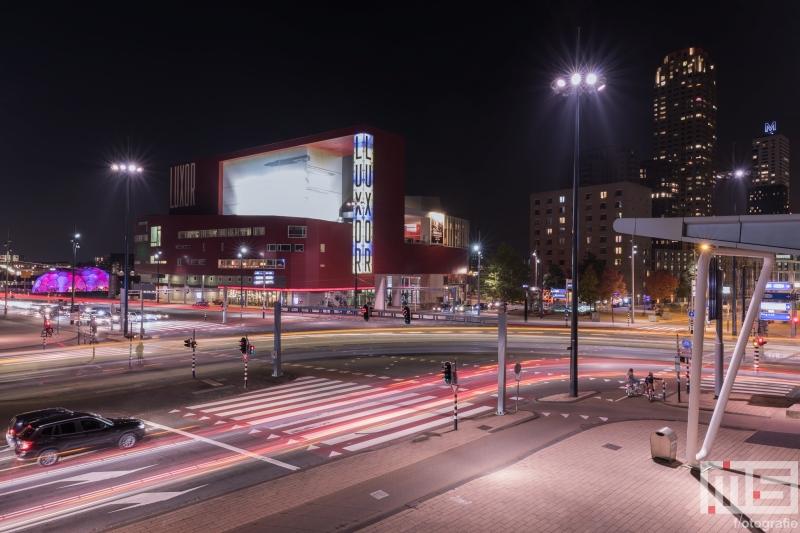 Te Koop | Het Wilhelminaplein met het Luxor Theater in Rotterdam