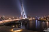 Te Koop | De Erasmusbrug in Rotterdam tijdens het blauwe uurtje in Rotterdam met de Euromast