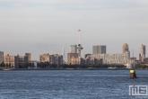 Het uitzicht op de Lloydpier en de Euromast in Rotterdam Centrum