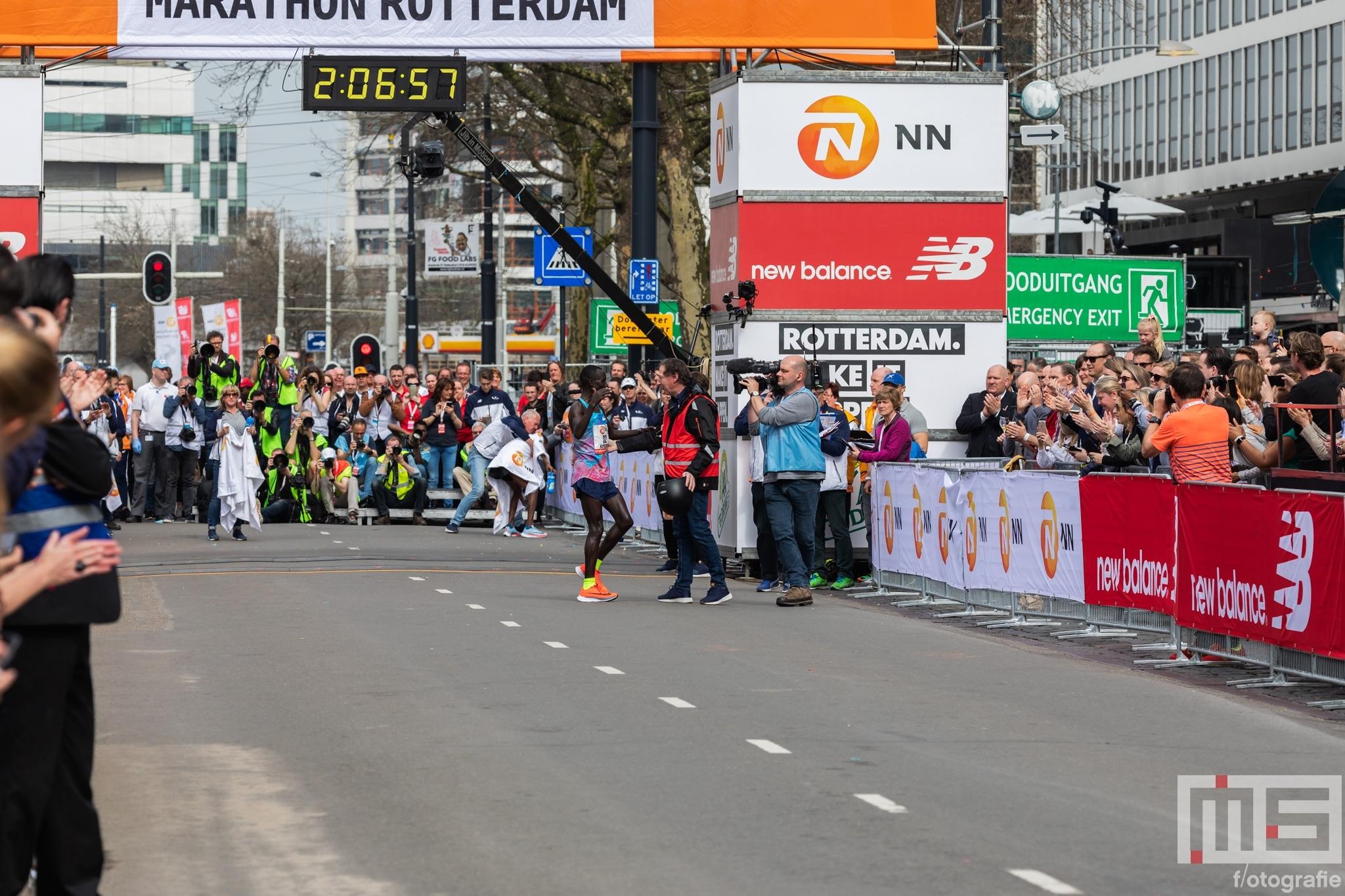 Marathon Mevrouw Foto's Nn Rotterdam De 2018 5qXI7SPww