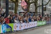 De lopers van de NN Marathon Rotterdam op de Coolsingel in Rotterdam
