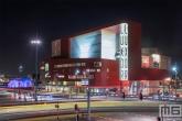 Het Luxor Theater Rotterdam en het Wilhelminaplein in Rotterdam