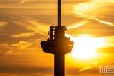 Te Koop | Een detail van de Euromast in Rotterdam tijdens zonsondergang