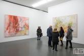 Een kunstzaal in het Witte de With Center for Contemporary Art in Rotterdam tijdens Museumnacht010