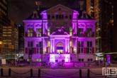 Het Schielandshuis tijdens Museumnacht010 in Rotterdam gehuld in het paars