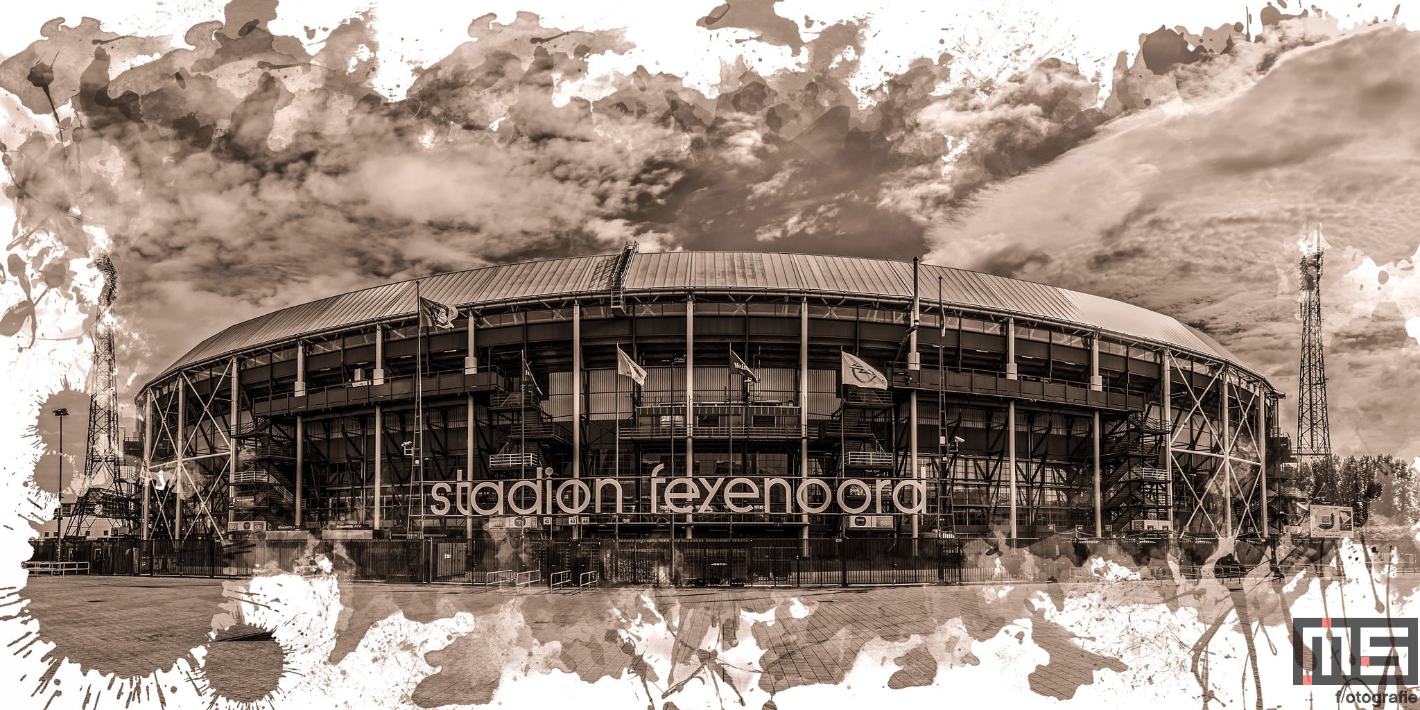 Te Koop   Het Feyenoord Art Stadion De Kuip in Rotterdam in wit sepia