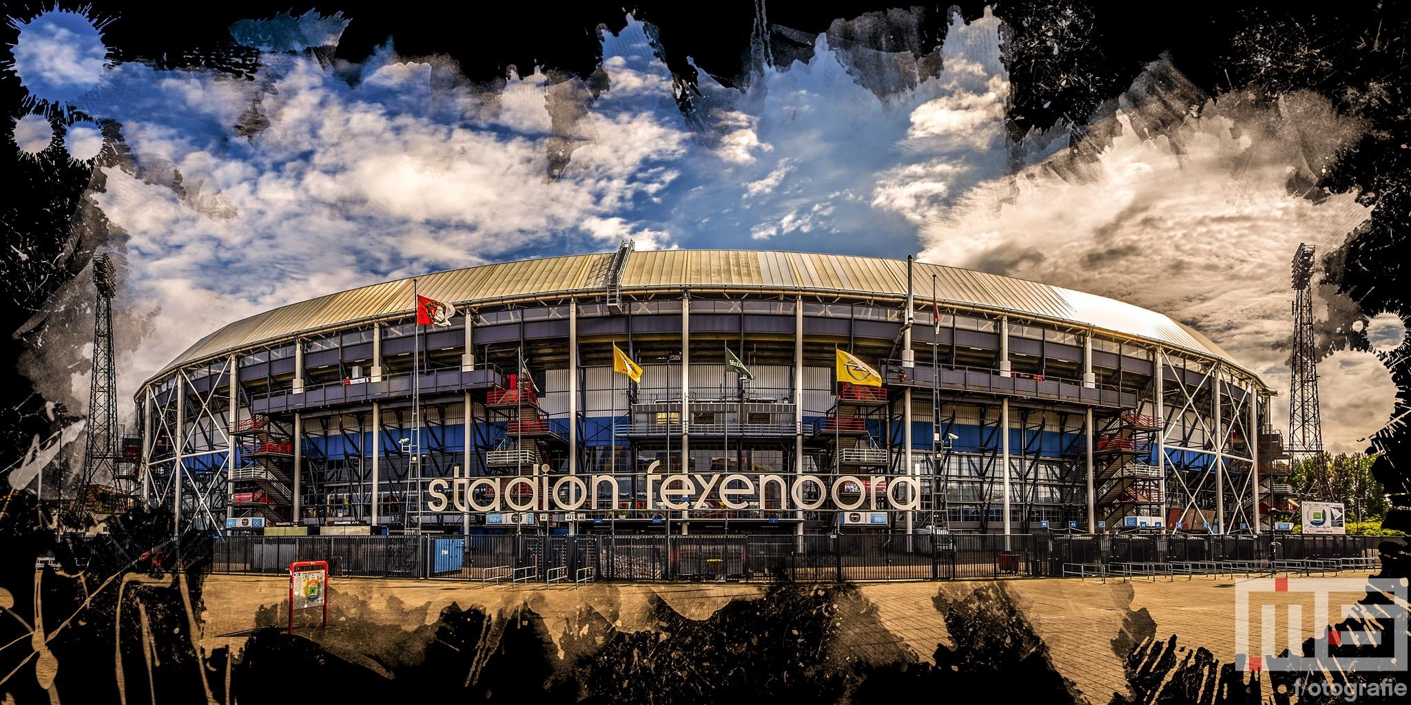 Te Koop   Het Feyenoord Art Stadion De Kuip in Rotterdam in kleur zwart