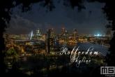 Te Koop | De skyline van Rotterdam met het Feyenoord Art Stadion De Kuip in Rotterdam tijdens een speelavond