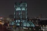De Hef op het Noordereiland in Rotterdam by Night in detail