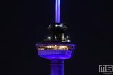 De Euromast in Rotterdam in het blauw in verband met Verlicht ME