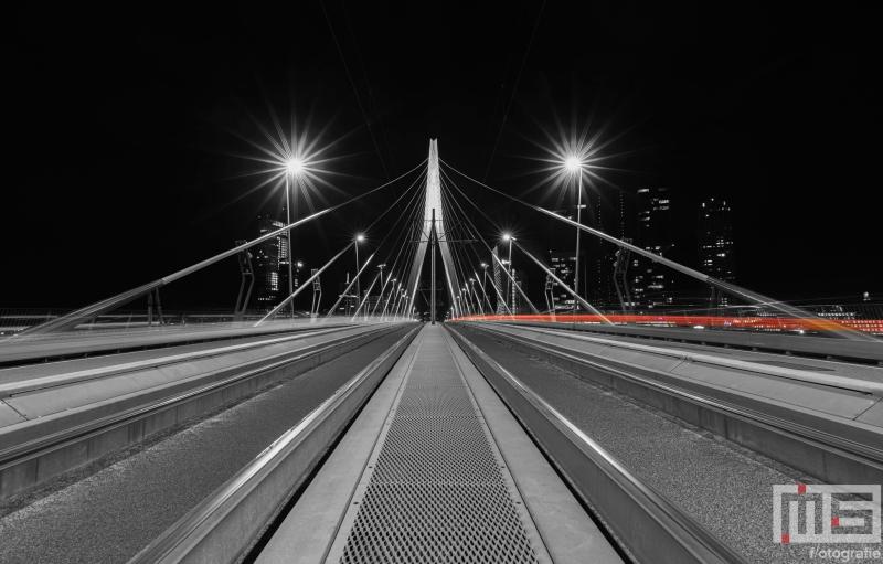 De Erasmusbrug in Rotterdam by Night