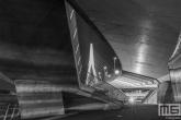 Een doorkijkje op de Erasmusbrug in Rotterdam by Night