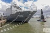 De L800 Zr.Ms. Rotterdam tijdens de Wereldhavendagen 2019 in Rotterdam