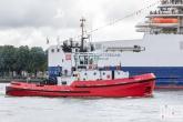 De P&O Ferries en sleepboot Union7 tijdens de Wereldhavendagen 2019 in Rotterdam