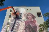 Een mural door Telmo Miel en Smug tijdens het Pow! Wow! Festval in de Afrikaanderwijk in Rotterdam