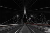 De Erasmusbrug in Rotterdam vanuit een schitterend standpunt