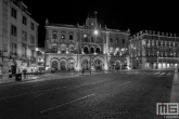 Te Koop | Het treinstation Rossio in Lissabon Stad in Portugal in de nachtelijke uren