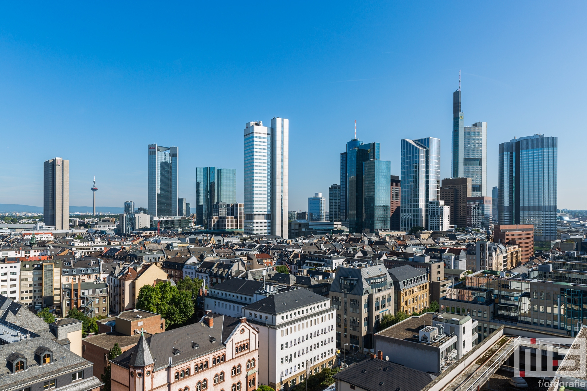 Te Koop | De skyline van Frankfurt by Day