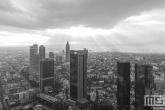 Te Koop | De skyline van Frankfurt by Day tijdens zonsondergang
