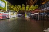 Te Koop | De verlaten Lijnbaan in Rotterdam by Night