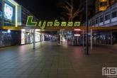 De verlaten Lijnbaan in Rotterdam by Night