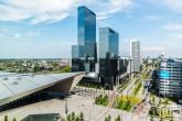 Te Koop | Het stationsplein in Rotterdam met het Centraal Station en Delftse Poort