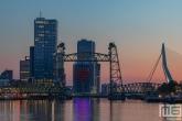 Te Koop | De Hef en de Erasmusbrug in Rotterdam tijdens de zonsondergang