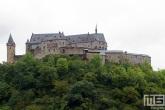 Het kasteel in het dorp Vianden in Luxemburg