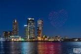 De Nationale Droneshow bij de Erasmusbrug in Rotterdam
