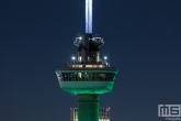 Het kraaiennest van de Euromast in Rotterdam in het groen wit