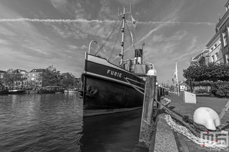 Het stoomschip Furie tijdens het evenement Furiade in Maassluis