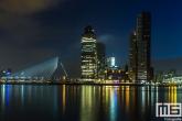 De Erasmusbrug en Wilhelminapier vanuit Rotterdam Katendrecht gezien