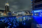 De Laurenskerk met kerstlampjes in de Delftsevaart in Rotterdam