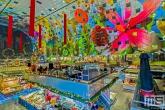 De Markthal in Rotterdam met kerstversiering