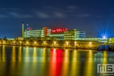 De Van Nelle Fabriek tijdens blue hour in Rotterdam Delfshaven