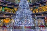 De kerstboom in de centrale hal van winkelcentrum Arenas de Barcelona