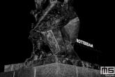 Het Verwoeste Stad beeld op Plein 1940 in Rotterdam