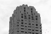 Het gebouw New Orleans op de Wilhelminapier in Rotterdam