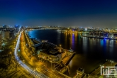 Het uitzicht op Blue City (Tropicana) in Rotterdam in de nacht