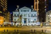 Te Koop | Het Schielandshuis achter de Coolsingel in Rotterdam in de avonduren in kleur