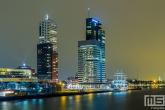 De Wilhelminapier met Zeilschip De Eendracht in Rotterdam