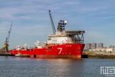Het offshore schip Seven Rio van Subsea7 in de Waalhaven in Rotterdam