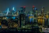 De skyline van Rotterdam vanaf de Euromast in Rotterdam by Night